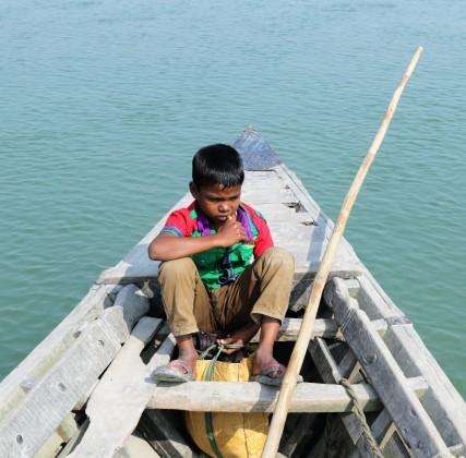 Gaibandha Junge auf Boot2