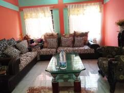 2018-11-19_21 khasi (30) queens house living room