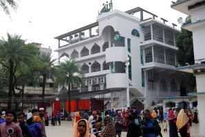 Sylhet Shrine of Hazrat Shah Jalal (12) bearbeitet