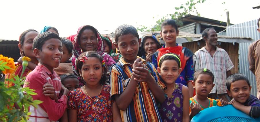 Char Charita Bari bekannte Gesichter